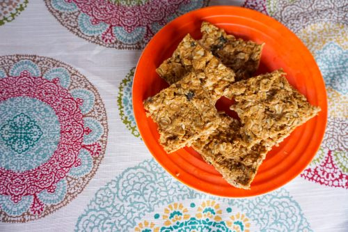 4 Ingredient, 5 Minute (no bake) Peanut Butter Oatmeal Bars
