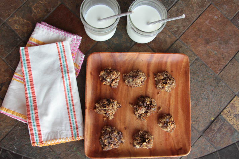 quinoa oat peanut butter cookies