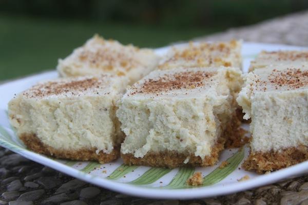 Gluten Free Eggnog Cheesecake bars @thegrommom.com